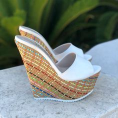 21 Stylish Wedges Shoes That Always Look Great - Shoes Fashion & Latest Trends Platform High Heels, High Heels Stilettos, Pretty Shoes, Cute Shoes, Wedge Shoes, Shoes Heels, Sexy Sandals, Flip Flop Shoes, Casual Shoes