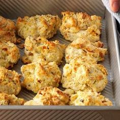 Zucchini & Cheese Drop Biscuits Recipe- Recipes These colorful little drop biscuits are very easy to put together and yet are packed full of flavor. I serve them warm out of the oven. Drop Biscuits, Cheese Biscuits, Cheddar Biscuits, Buttermilk Biscuits, Cheddar Cheese, Potluck Recipes, Cooking Recipes, Bread Recipes, Recipes