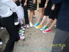 Converse wedding -- Bridal party all wear different colors, bride and groom wear black?