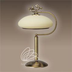 Lampa mosiężna róża. Więcej na: http://dragonfly24.com.pl/lampy-mosiezne/483-lampa-mosiezna-roza-0024.html