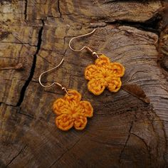 Yellow earrings to brighten your outfit Yellow Earrings, Tortoise, Crochet Earrings, Outfit, Jewelry, Fashion, Tortoise Turtle, Outfits, Moda