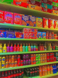 Rainbow Aesthetic, Aesthetic Indie, Aesthetic Images, Aesthetic Wallpapers, Hippie Wallpaper, Retro Wallpaper, Iphone Wallpaper, Estilo Indie, Fille Indie