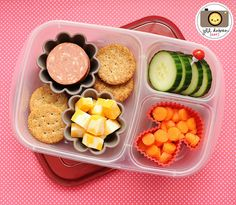 Kids school lunch ideas with @EasyLunchboxes