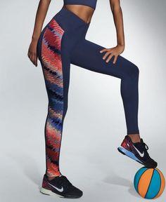 Sporten wordt nog leuker met deze blauwe Rainbow sportlegging van Bas Bleu! Het kleurijke design op beide benen is al fantastisch, maar daarnaast is de gladde stretchstof ook heel licht en elastisch en ademt ze perfect wat zweetplekken voorkomt. Pants, Design, Fashion, Athletic Outfits, Trouser Pants, Moda, Fashion Styles, Women's Pants