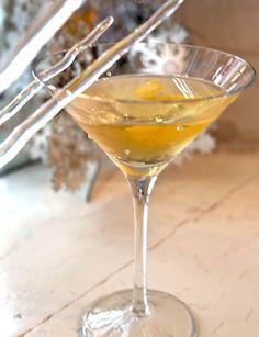 Cocktail Neige Double est à base de Cidre de Glace Neige et de Gin de Neige.