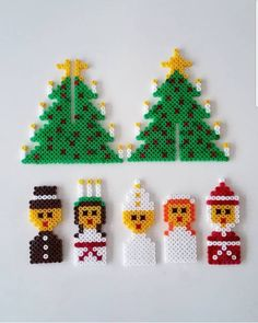 Christmas Activities For Kids, Christmas Fun, Hama Beads Patterns, Beading Patterns, Christmas Crafts, Christmas Decorations, Christmas Ornaments, Handmade Crafts, Diy And Crafts