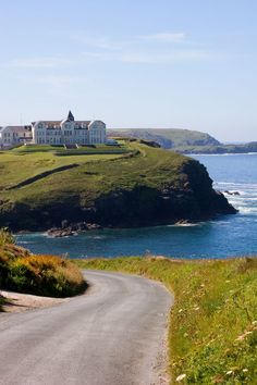 Old Poldhu Hotel, Poldhu Cove, Lizard Peninsula, Cornwall♥ -Great views! England And Scotland, England Uk, Oxford England, Yorkshire England, Yorkshire Dales, London England, Scenic Photography, Landscape Photography, Night Photography