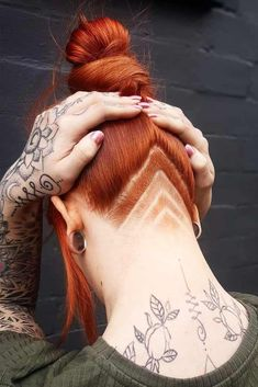 39 Excellent Undercut Hairstyle Ideas For Women LoveHairStyles - . -You can find Undercut and more on our Excellent Undercut Hairsty. Undercut Hairstyles Women, Undercut Women, Pixie Hairstyles, Bride Hairstyles, Hairstyle Ideas, Pixie Haircuts, Quick Hairstyles, Formal Hairstyles, Vintage Hairstyles