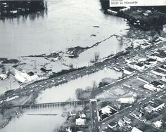 1964 Christmas Flood over Oregon City from Oregon State Archives. Oregon City, Portland Oregon, Those Were The Days, Vintage Pictures, Historical Photos, My World, 1960s, Past, Memories