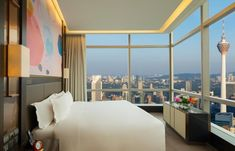 Find your perfect Kuala Lumpur accommodation Outdoor Swimming Pool, Swimming Pools, Seoul Garden, Dinner In The Sky, Cantonese Restaurant, Noodle House, Kuala Lumpur City, Lake Garden, Korean Design