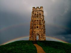 Magical Tor, Land of the Gods by Vide Cor Meum Images, via Flickr Glastonbury Tor, Celtic Heart, Ancient Architecture, British Isles, Great Britain, Big Ben, Countryside, Surfing, Beautiful Places