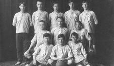 Tatars. Футбольная команда «Ярыш» организовалась в 1913
