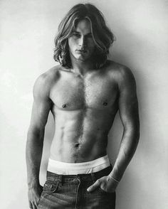 OMG! This is a newly uncovered pic of Travis from CK days. It's my Favorite early era pic. Hot!