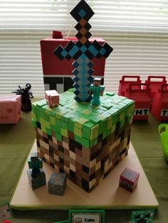 Minecraft cake by ALL SWEET DESIGNS