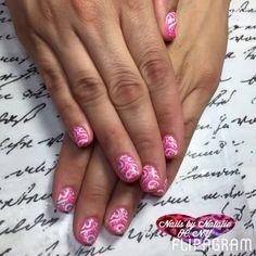 Gel nail design - paisley nails - nail stamping