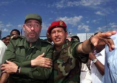 """""""De Hugo Chávez faltaron muchas preguntas por responder, desde el momento más importante de su existencia, cuando tomó posesión de su cargo como Presidente de la República de Venezuela"""", afirma su compañero Fidel Castro."""