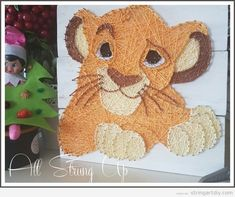 Website about String Art Crafts. We post ideas, tutorial, videos, free patternas and templates to make DIY String Art. Diy Crafts For Girls, Diy Arts And Crafts, Cute Crafts, String Wall Art, Nail String Art, String Art Templates, String Art Patterns, Disney String Art, Hilograma Ideas