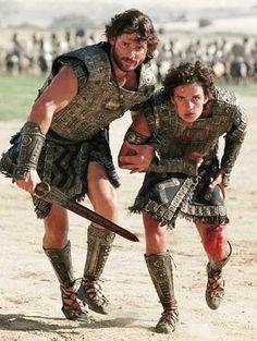 I forgot how much I like Eric Bana. Men of Troy in kilts (Eric Bana & Orlando Bloom) Troy Film, Troy Movie, Movie Tv, Movie Scene, Brad Pitt, Eric Bana, Orlando Bloom, Greek Men, The Legend Of Heroes