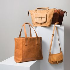 Fair Trade, Accessories, Handbag, India, Modern Leather Tote, Goat Leather, Shade Varies, Cotton Lining, Snap Closure, Three Interior Pockets, Noonday Collection.