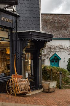 A guide to Lewes, East Sussex: What to see, eat, drink & shop - Middle of Adventure Brighton Sussex, London Brighton, East Sussex, Best Places To Live, Places To Travel, Places To See, Lewes England, Hidden London, Visit Uk
