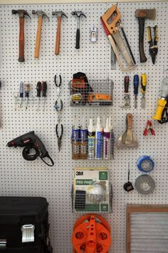 Get your garage shop in shape with garage organization and shelving. They come with garage tool storage, shelves and cabinets. Garage storage racks will give you enough space for your big items and keep them out of the way. Pegboard Garage, Pegboard Craft Room, Garage Tool Storage, Garage Tool Organization, Garage Tools, Kitchen Pegboard, Ikea Pegboard, Painted Pegboard, Craft Rooms