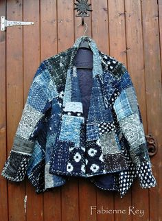 Fabienne Dorsman-Rey Boro jacket made from vintage indigo woven fabrics, mostly vintage, coton, hemp and ramie, with recycled silk kimono lining form Japan as lining (2013).