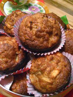 Marie est dans son assiette!: Muffins aux pommes et à l'érable de Cora Desserts With Biscuits, Mini Desserts, Biscuit Cake, Biscuit Cookies, Muffin Recipes, Apple Recipes, Diabetic Deserts, Muffin Bread, Dessert Bread