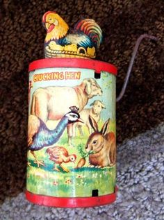 Vintage Wind Up Working Tin Toy Clucking Hen D G M Stamped Sounds Real