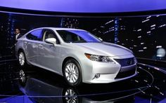 The 2013 Lexus ES 2013 is a sedan which offers a stunning work of technology. Has anything to offer for Japanese car enthusiasts!