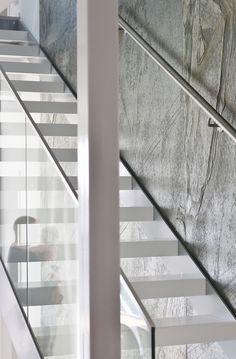 Upea moderni talo - At home