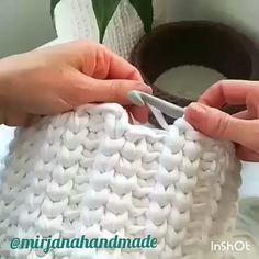 """Amigurumi / örgü no Instagram: """"@mirjanahandmade hazırladığı sepet videosuna bayıldım püf noktası da birleştirme yerindeki kaydırma tekniği 2düz-1backlopp Bu modeli…"""""""