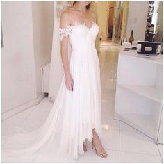 Garden / Outdoor Chiffon Sweetheart Natural Sweep / Brush Train Wedding Dress…