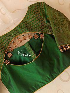 Indian Blouse Designs, Brocade Blouse Designs, Traditional Blouse Designs, New Saree Blouse Designs, Simple Blouse Designs, Stylish Blouse Design, Designer Blouse Patterns, Bridal Blouse Designs, Sari Design