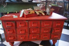 Dishfunctional Designs: Vintage Library Card Catalogs Transformed Into Awesome Furniture Repurposed Furniture, Cool Furniture, Painted Furniture, Furniture Ideas, Furniture Vintage, Repurposed Items, Refurbished Furniture, Vintage Library, Vintage Books