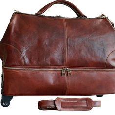 Geanta voiaj cu roti din piele naturala, bagaj de mana avion, cu un compartiment principal si unul secundar pentru pantofi, un buzunar interior, inchidere cu fermoar, doua curele din piele naturala , detasabile, una pentru tractare si cealalta pentru pus pe umar.Made in Italia.  Dimensiuni:50x25xx35 Messenger Bag, Satchel, Interior, Bags, Fashion, Italy, Satchel Purse, Handbags, Moda