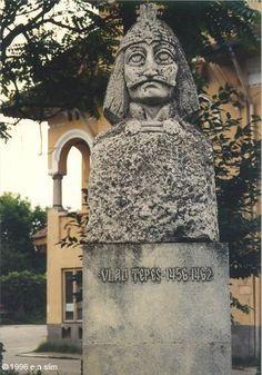 Vlad Tepes bust in Tirgoviste.