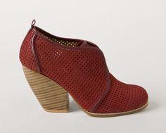 "Jeffrey Campbell/Shoe Market ""Southside"""