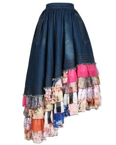 Here are some different denim dress outfit inspiring ideas for everyone. Clubbing Outfits, Modest Outfits, Boho Outfits, Skirt Outfits, Modest Clothing, Diy Kleidung Upcycling, Denim Maxi Dress, Denim Skirts, Bohemian Mode