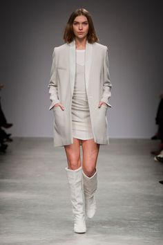 See all the looks from Isabel Marant's Fall 2013 show. #pfw