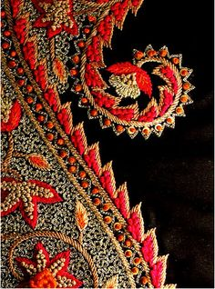 1 November, 2012 / Source: brooklynbombay      embroidery,      red,      black,      pattern