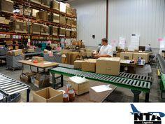 Realizamos entregas en tiempo y forma. TRANSPORTE LOGÍSTICO DE MEDICAMENTOS. En NTA Logistics, somos una empresa dedicada a la transportación, almacenamiento y distribución vía aérea y terrestre de productos para la industria farmacéutica. Nuestro objetivo es satisfacer las necesidades de nuestros clientes a través de una logística especializada, para que sus productos farmacéuticos lleguen en tiempo y forma, conservando su calidad.
