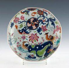 Chine. Compagnie des Indes. Plat octogonal. XVIIIème siècle.