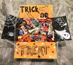 Diy Halloween Gifts, Halloween Gift Baskets, Halloween Party Favors, Scary Halloween Decorations, Halloween Cards, Halloween Treats, Fall Halloween, Thanksgiving Care Package, Halloween Care Packages