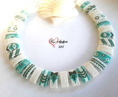 Seed Bead Crafts, Beaded Crafts, Jewelry Crafts, Beaded Jewelry Designs, Handmade Beaded Jewelry, Seed Bead Necklace, Seed Bead Jewelry, Peyote Patterns, Beading Patterns
