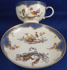 Antique 18thC Meissen Porcelain Bird Scene Cup & Saucer Porzellan Tasse Scenic