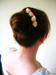 Pink Wedding Roses On Blonde Hair Grips Ballet And Bridal Wear Bun Accessories Plat Decorations Set Of Four Bobby Pins