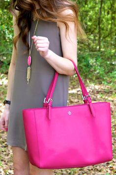 hot pink tory burch tote