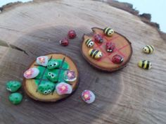 Adorable tiny Tic Tac Toe game for your fairy garden or fairy house. Game boards are thin slices of wood from a tree branch. Boards are sanded then