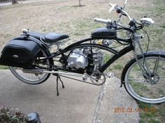 Just looking for some ideas as what to do with this bike. I have a hybrid mountain bike I am already converting with a rack mount friction drive. Retro Bicycle, Vintage Bicycles, Vintage Motorcycles, Steampunk Motorcycle, Bobber Motorcycle, Hybrid Mountain Bike, Mountain Biking, Gas Powered Bicycle, Bicycle Engine Kit