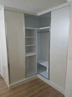Bedroom Cupboard Designs, Bedroom Cupboards, Wardrobe Design Bedroom, Closet Bedroom, Corner Wardrobe, Wardrobe Closet, Best Closet Organization, Wooden Closet, Closet Remodel